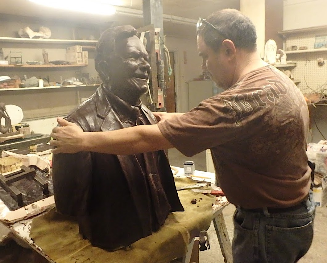 mold process of casting a bronze